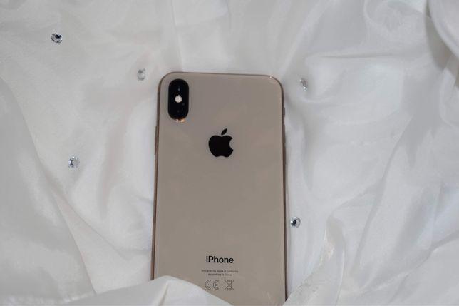 Sprzedam w bardzo dobrym stanie—>iPhone Xs