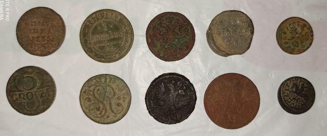 Монеты , пуговицы, кольца (копанное)
