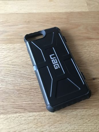 Case UAG iphone 6 plus / 7 plus / 8 plus z kiedzonka/portfelem