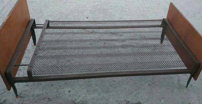Кровати панцирные сетка одинарные и полуторные всего 5 шт.