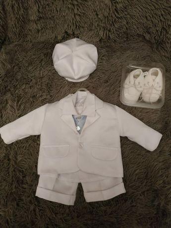 Ubranie i buty do chrztu dla chłopca