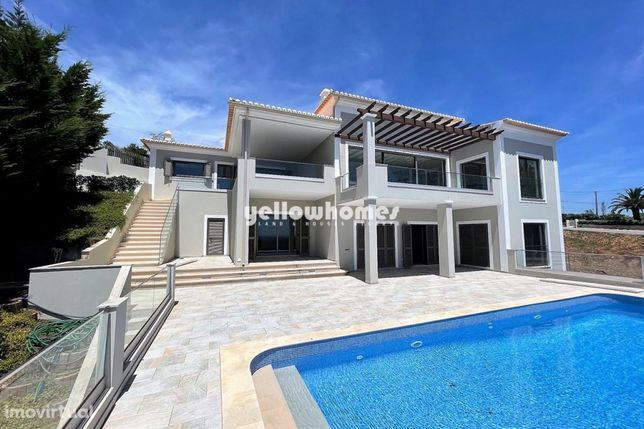 Grande vivenda luxuosa V3 com fantástica vista em Monchique