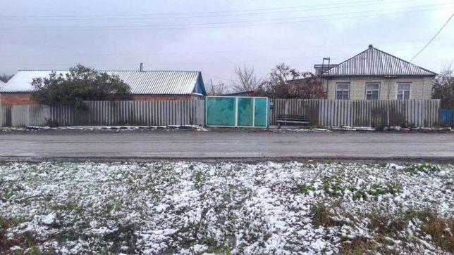 Продам дом в деревне 13 км от Купянска