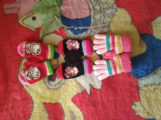Рукавички и перчатки.
