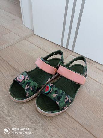 Sandałki CROCS dla dziewczynki
