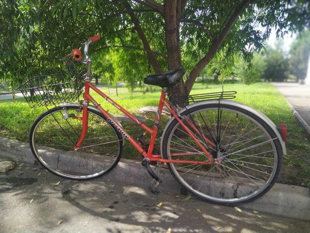Продам  шоссейный велосипед Ahtor