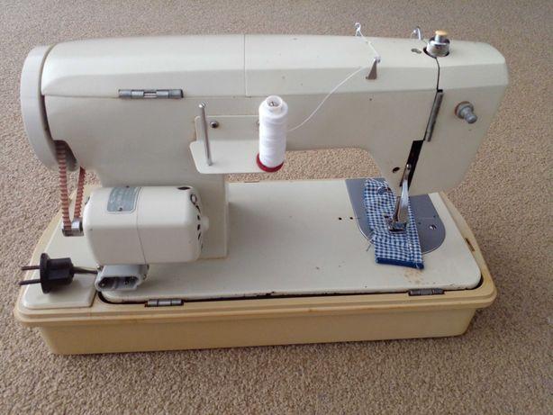 Maquina de costura portatil electrica , marca 'Empisal'