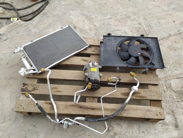 Компрессор кондиционера радиатор  фиеста мк7 Ford fiesta usa разборка