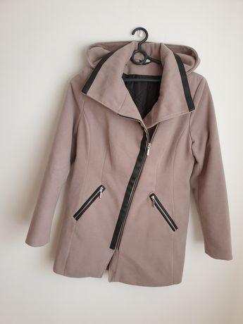 Płaszcz elegancki 40
