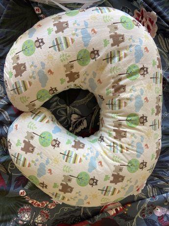 Almofada amamentação bebé Boppy da Chicco