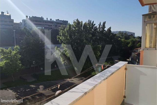 Apartamento T2 Remodelado em Moscavide - Venha Visitar sua Nova Casa!