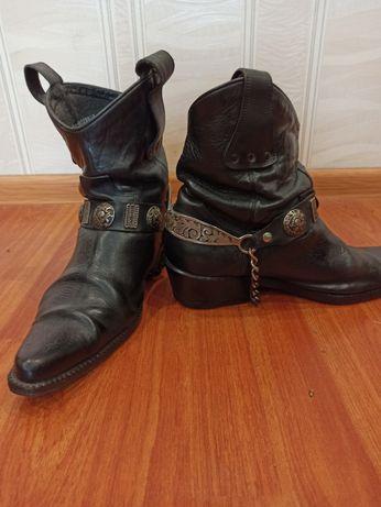 Ковбойские ботинки( полусапоги) Etor
