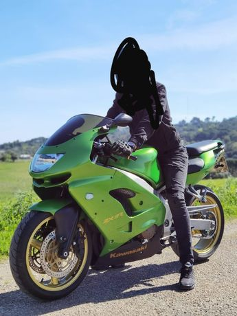 Kawasaki Ninja ZX9 R