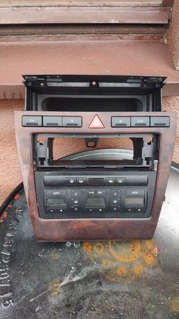 Panel klimatyzacji ramka 1din drewno audi  A8 D2 lift mały przebieg