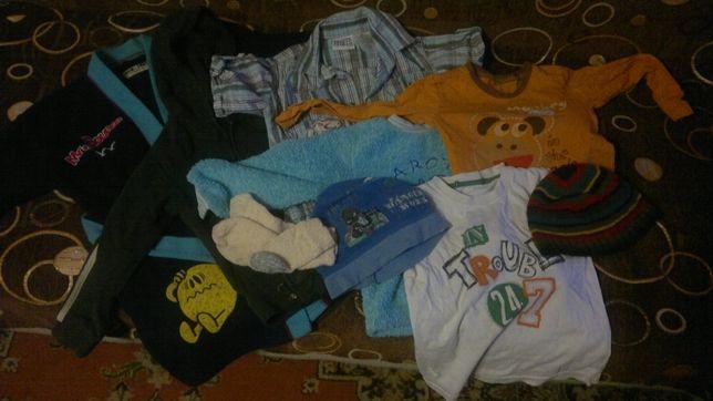 Большой пакет одежды на мальчика 3-5 лет