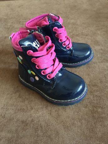 Красивые ботинки Clibee  21 р