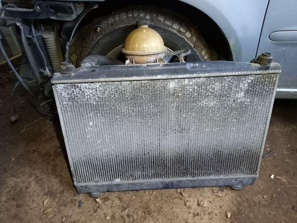 Chłodnica wody wentylator zbiorniczek Toyota Avensis Verso 2.0 D4D