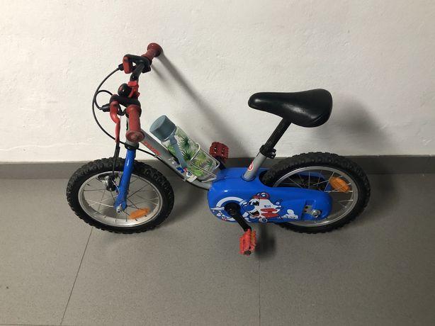 Bicicleta btwin criança com rodas laterias