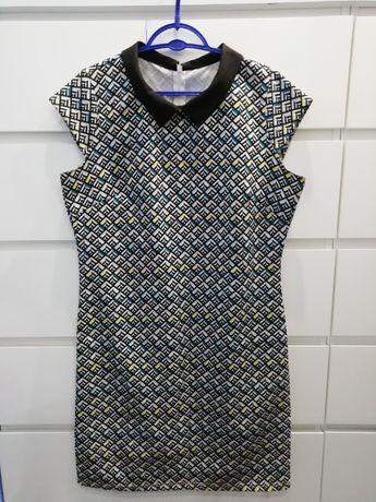 Sukienka z kołnierzem roz. ok 44