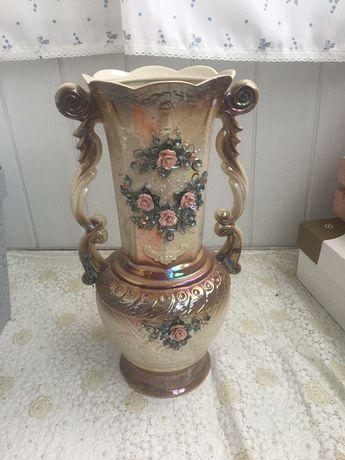 Керамічна ваза для квітів