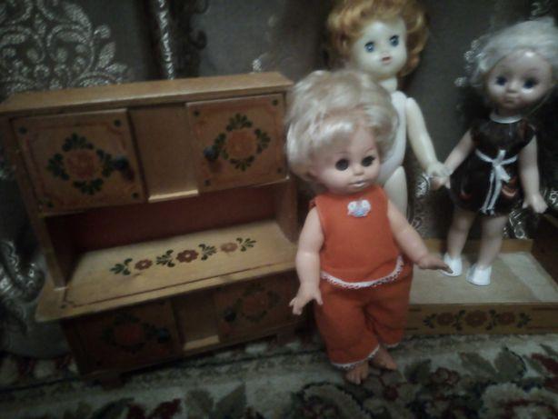 Лотом  куклы +мебель игрушки СССР и гдр