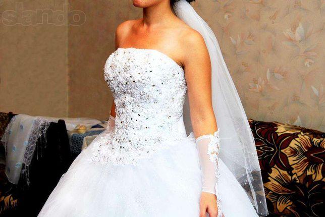 Шукаєте весільню сукню