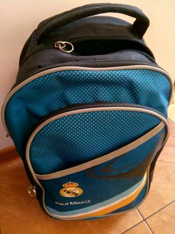 Plecak profilowany Real Madryt. Piórnik GRATIS