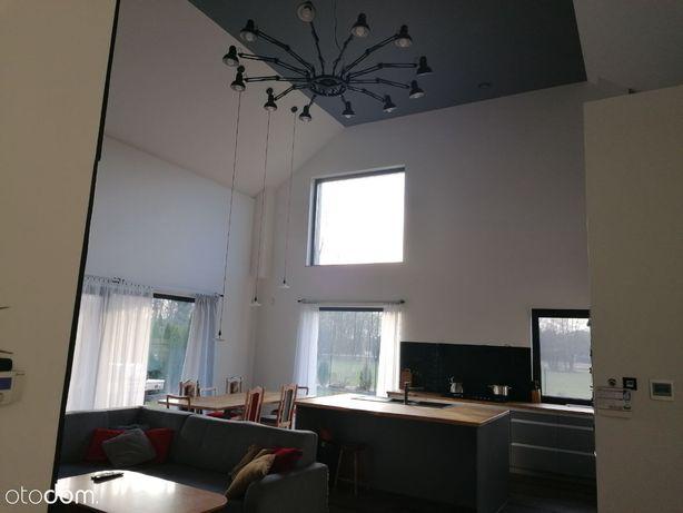 Nowy Tomyśl, nowoczesny dom z antresolą