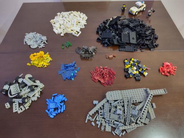 Sprzedam Lego luzem 820 g + samochód police city