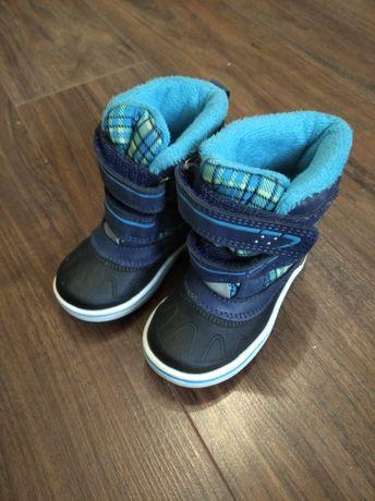 Buty śniegowce r. 21