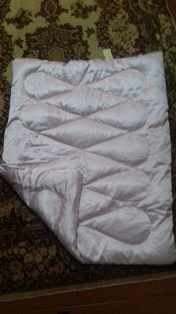 Пуховое детское одеяло