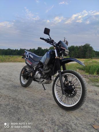 Suzuki DR 650 RSE zarejestrowany na A2