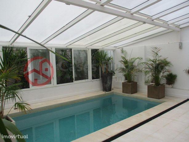 Charmoso Apartamento T1, como novo, com piscina aquecida,...