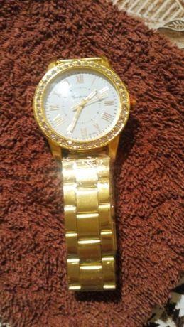 Часы женские Geneva.