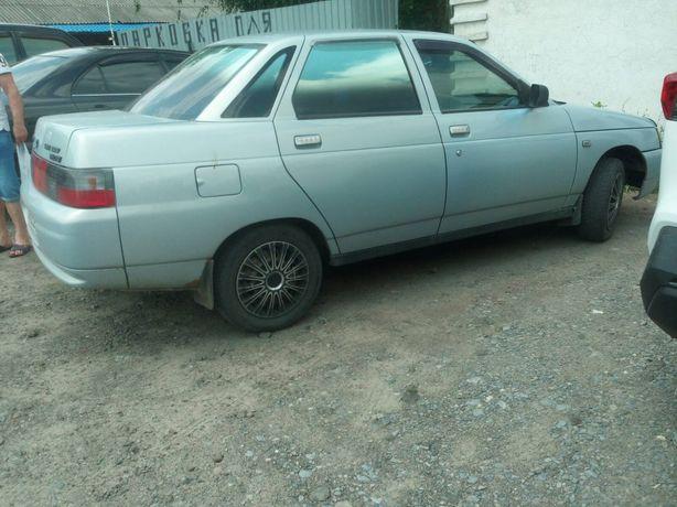 Автомобиль ВАЗ 21104