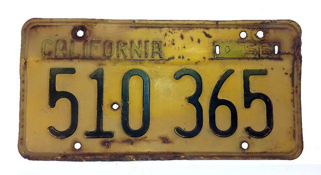 Tablica rejestracyjna California z 1956 roku