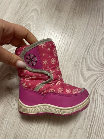 Ботинки ботиночки сапожки зимние на девочку