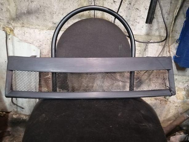 Решетка радиатора таврия