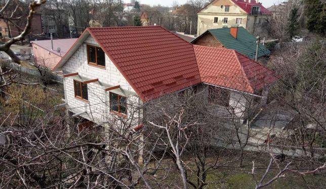 Центр Митна Собранецька