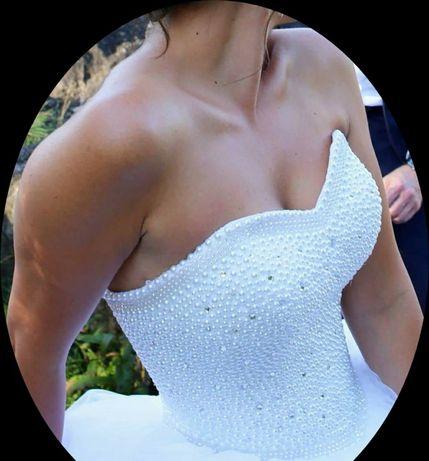 Super okazja piękna suknia ślubna.Odnowiona rozmiar około 36 Warszawa