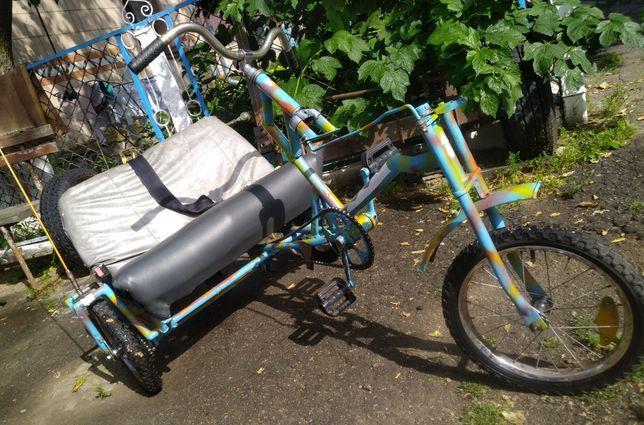 Дитячий велосипед. (трицикл).