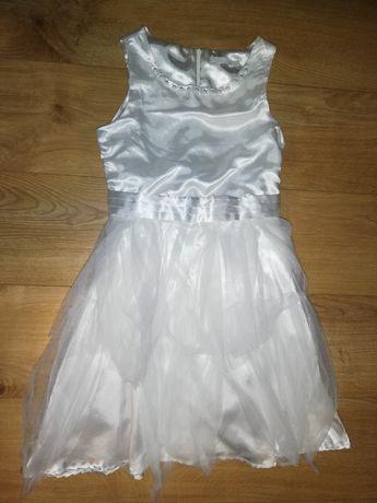 Biała sukienka Cool Club z tiulowymi falbanami, rozmiar 146