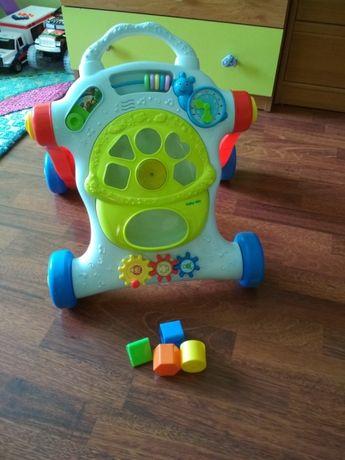 Pchacz- chodzik z zabawkami
