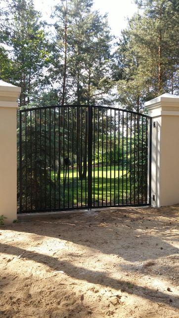 Konstrukcje stalowe spawane bramy ogrodzenia balustrady zadaszenia