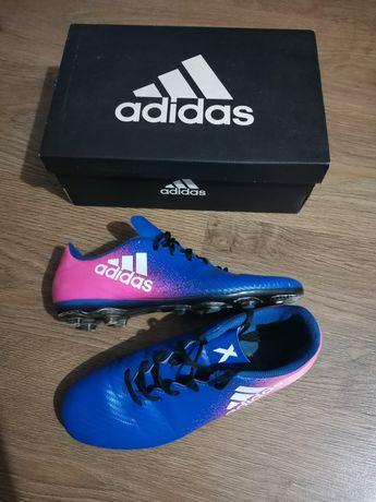 Buty piłkarskie Adidas na sztuczną nawierzchnię typu turf 38 i 2/3