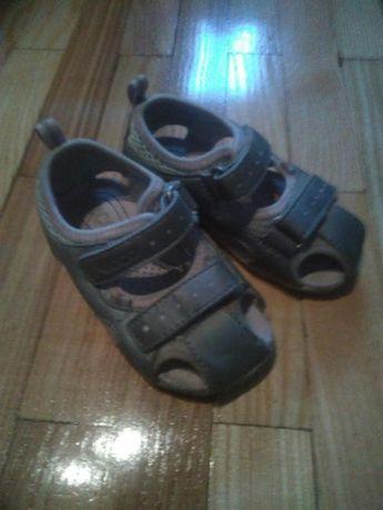 Sandałki dziecięce Ecco 23