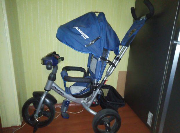 Очень срочно детский велосипед трёхколёсный с родительской ручкой