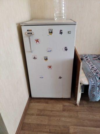 Срочно продам Холодильник, состояние на фото