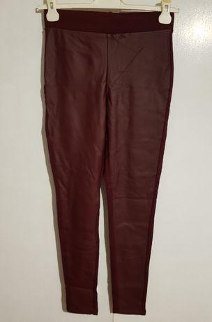 Bordowe legginsy ekoskóra Reserved