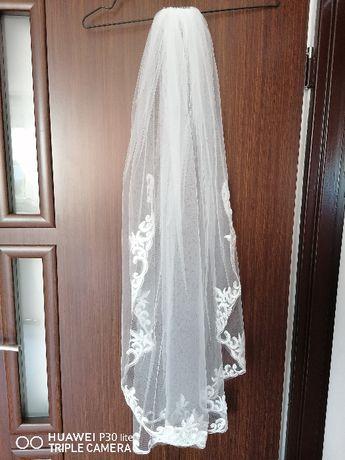 Welon ślubny Biel